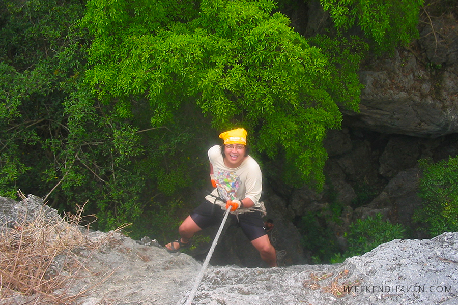Rappelling in Manalmon