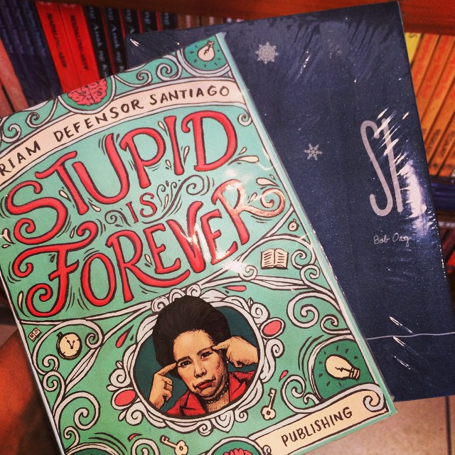 Finally got hold of these elusive books! Stupid is Forever by Sen. Miriam and new book by Bob Ong, Si. So many good books are out now, gotta catch on my reading list. Will seriously break the bank next year for my growing list, accepting Powerbook/NBS gift cards this Christmas. ?
